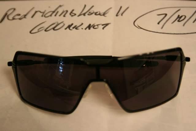 oakley probation sunglasses for sale  oakley probation sunglasses sku# oo4041 01 for sale/might as well be new..