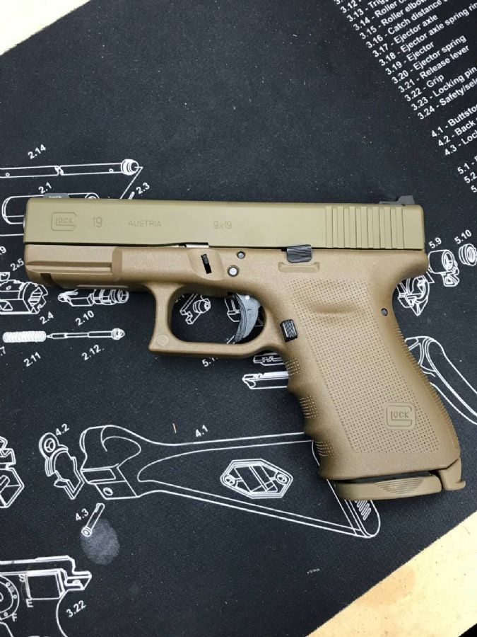 WTS WA - NEW Vickers Glock 19 FDE (latest full FDE