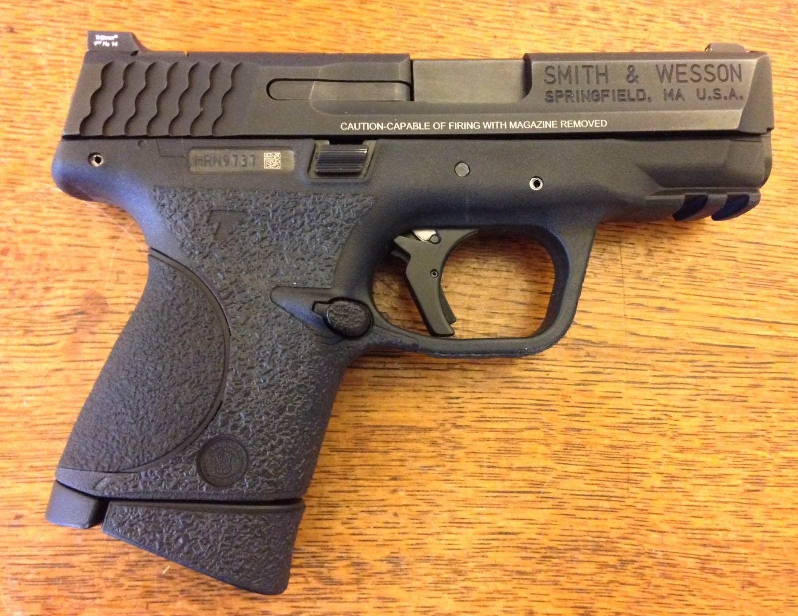 Smith And Wesson M&P 9c (compact 9mm) 12+1 Or 17